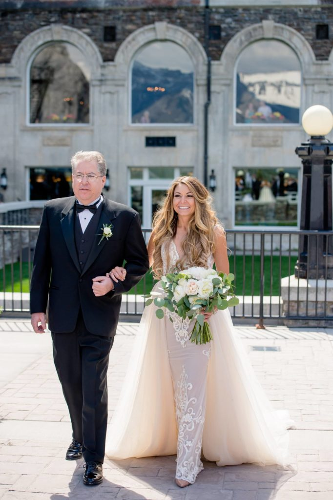 Amanda and Jeffrey's Rocky Mountain Stunner | Banff Wedding Planner