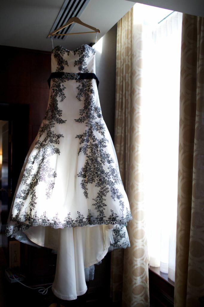 Elegant Purple and Black Wedding | Calgary Wedding